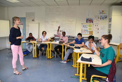 Collège INJS - Enseignement général - Cours de Français