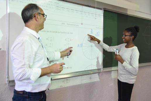 Collège Rodin - Enseignement général - Cours de Mathématiques