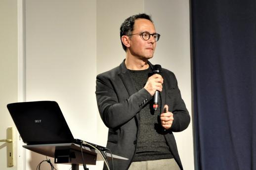 Frédéric Brossier, modérateur de la soirée.
