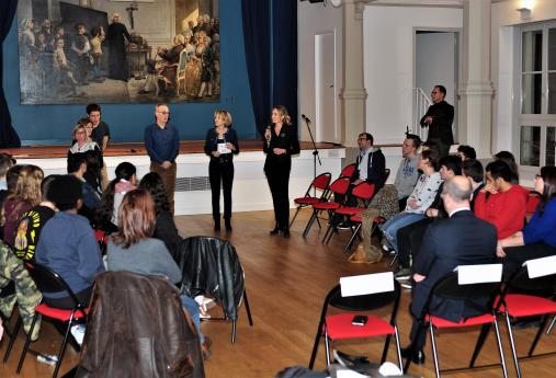 Mme Hémery, directrice de l'INJS, fait son discours